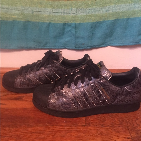 adidas superstar east river rivalry shoes